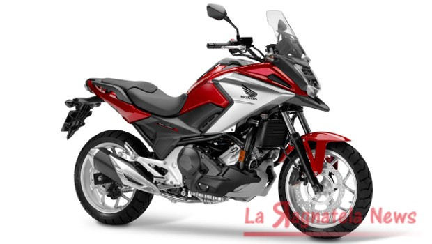 honda ncx 750 model year 2016 la ragnatela news. Black Bedroom Furniture Sets. Home Design Ideas