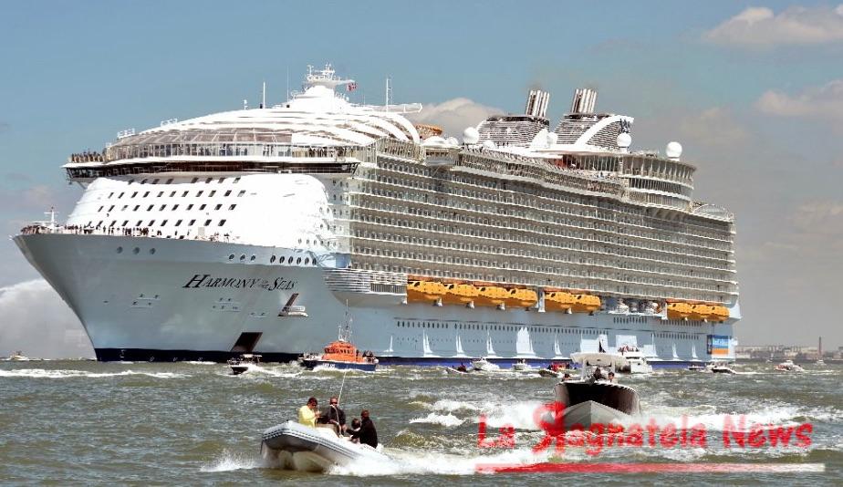Marsiglia: precipita scialuppa dalle murature della nave, una vittima