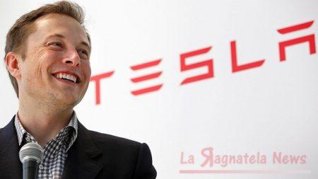 La Tesla sta pensando di lanciare un sistema streaming tutto suo